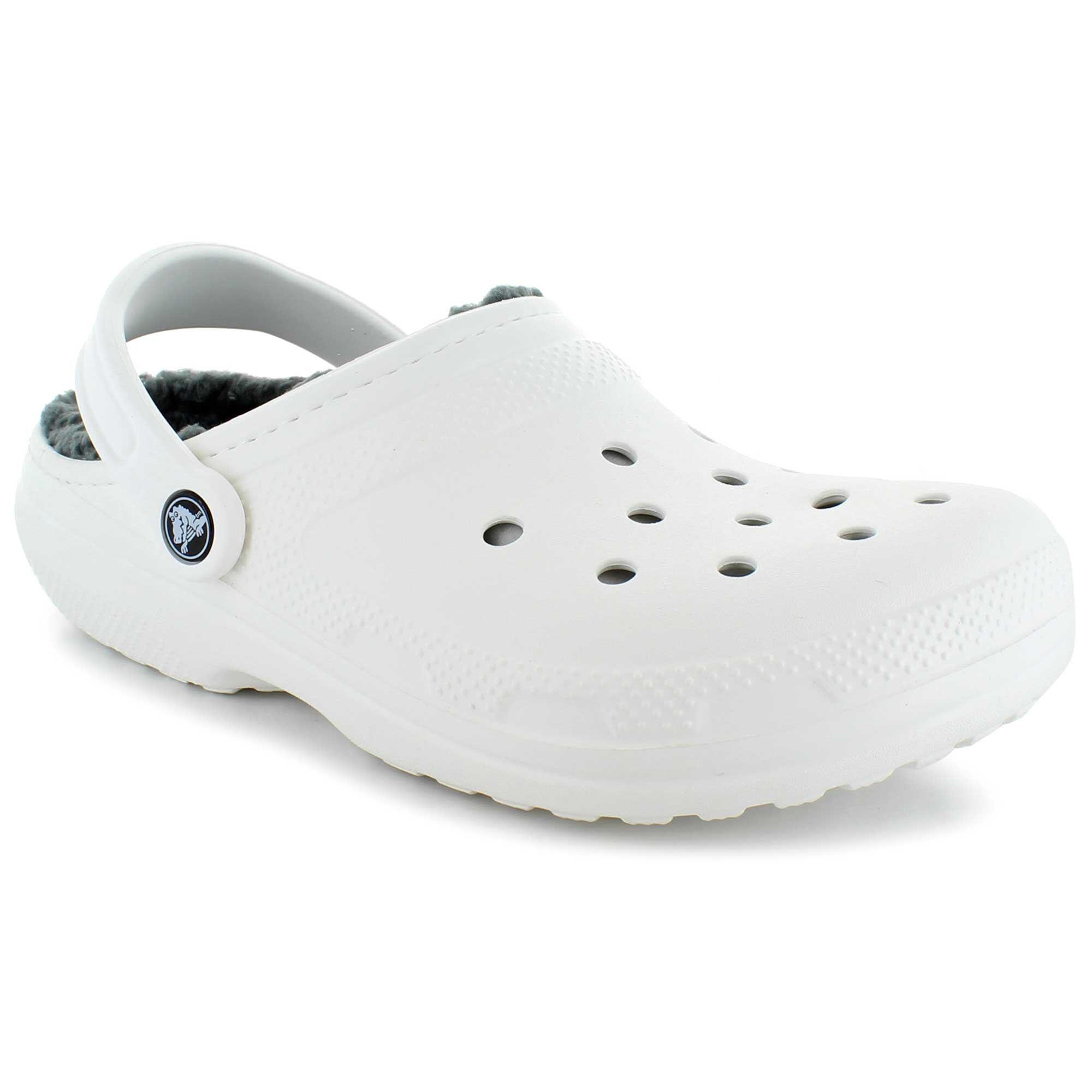 does shoe dept sell crocs